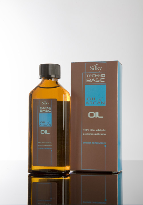 Oil_of_argan_speil